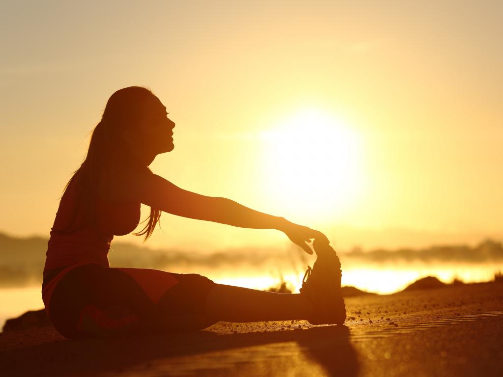 Veci po tréningu - na rast svalov, spaľovanie tuku, regeneráciu - strečing pohyb.sk