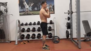 Goblet drep technika a prevedenie cviku na nohy
